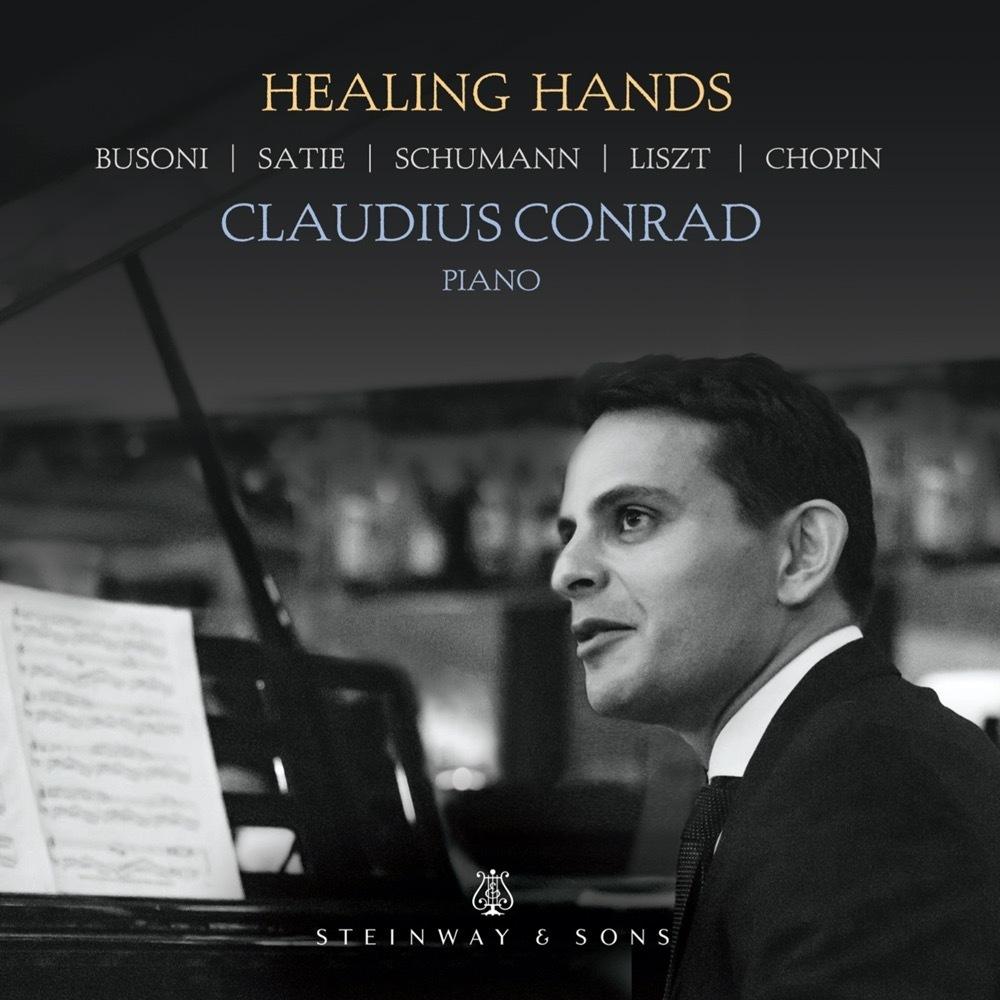 Healing Hands / Claudius Conrad
